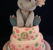 Sugarpaste - Angie and Becky Laing R7 individual member </br>- Cake was made for a little girl's 4th birthday