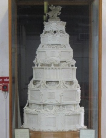 Princess Elizabeth's Wedding Cake - Front View
