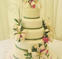 R7 Anne Newiss Individual Member </br>5 tier Wedding Cake Asiatic Lily and Rose Garland