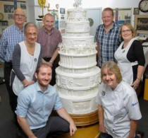 WMG's Mike Donnelly (front left) with members of the British Sugarcraft Guild © WMG, University of Warwick